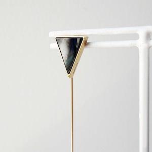 Agate Pierced Earring (Triangle frame)