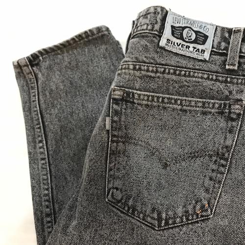 【USED】80's Levi's SILVER TAB ブラック ケミカル テーパード パンツ