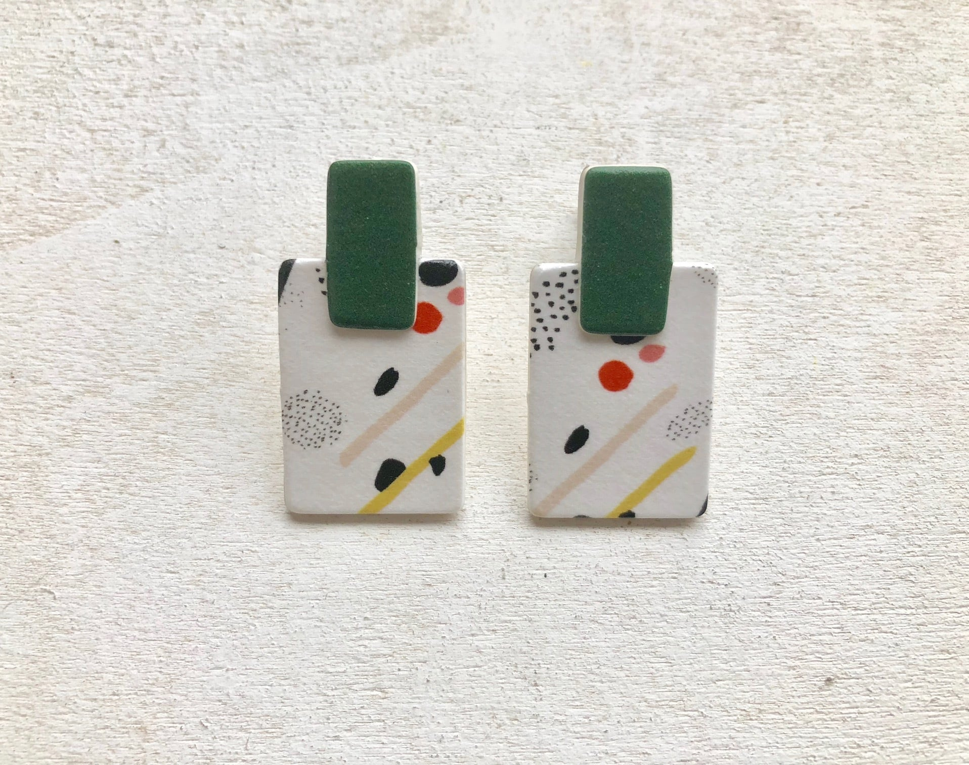 ilocami GRAPHIC四角PIERCE/EARRING【GREEN】