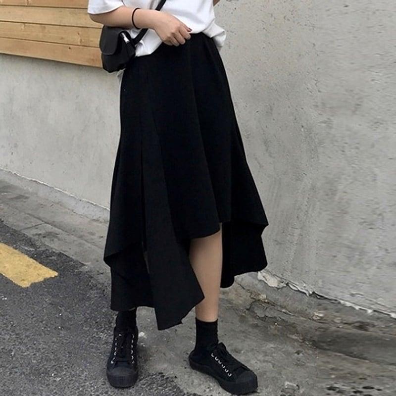 イレギュラーカットで足のラインを綺麗に魅せる♡♪アシンメトリースカート