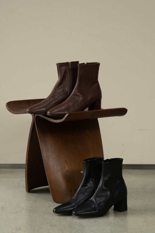 center seam boots
