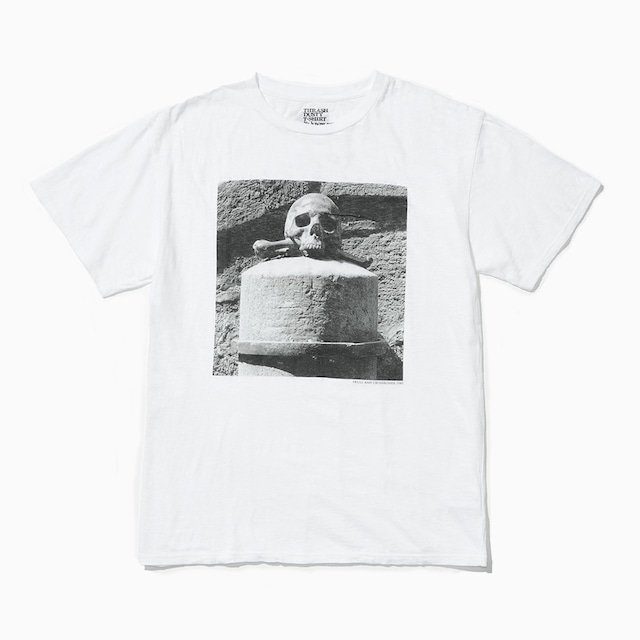 Robert Mapplethorpe × Stie-lo: Skull and Crossbones 1983