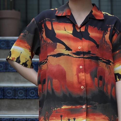 RETRO ANIMAL PATTERNED HALF SLEEVE SHIRT/レトロ古着アニマル柄半袖シャツ
