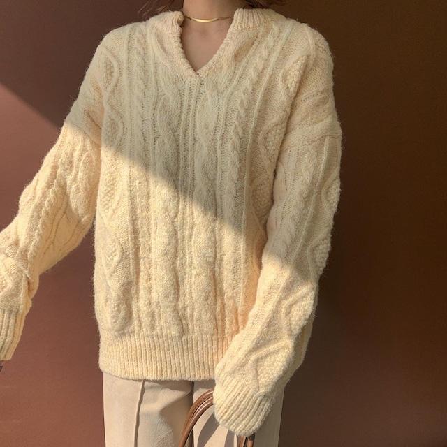 cream key neck knit