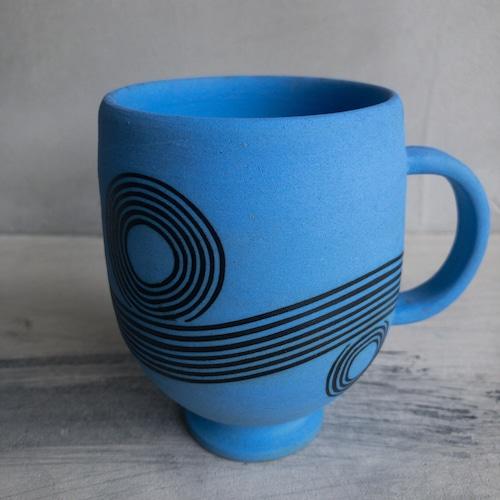 青い彩線紋のカップ②