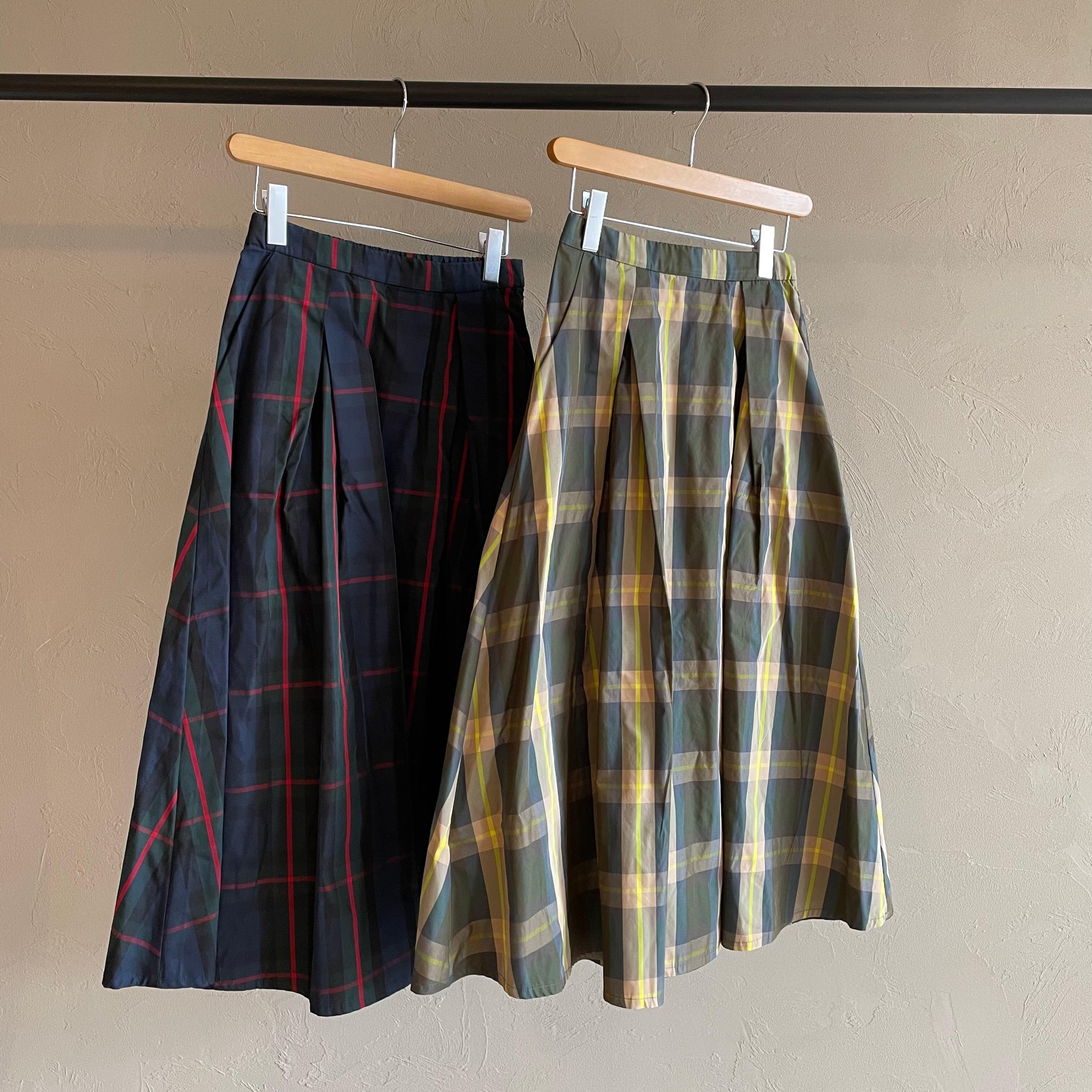 【 QTUME 】- 152-26517 - クロスタックチェックタフタスカート
