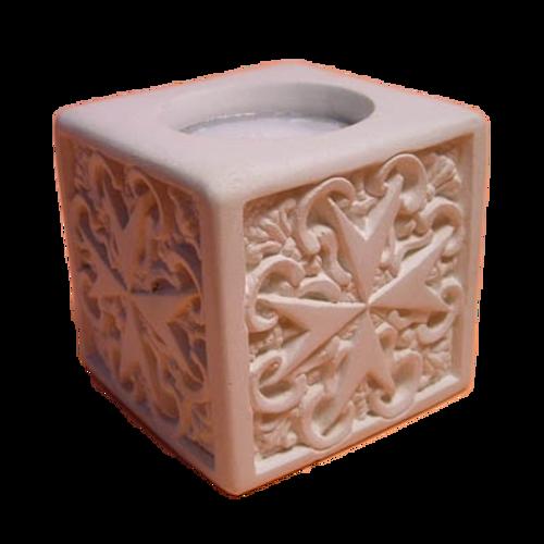 マルタの手彫りキャンドルホルダー キューブ