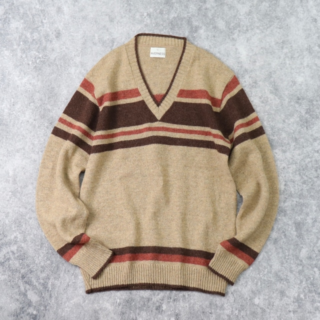 1980s   V Neck   Wool Sweater   made in USA   L b230