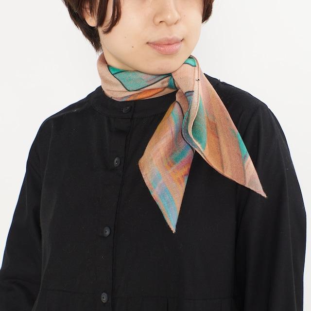 小さなシルクウールスカーフ / ATLAS-2color