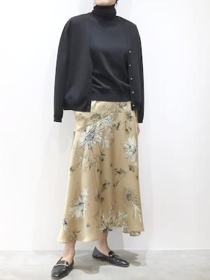 大花サテンプリントフレアスカート