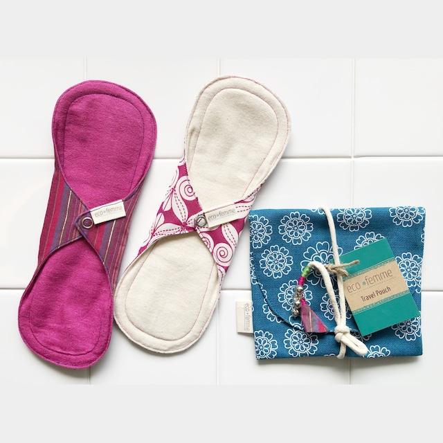 トラベルポーチ付き普通の日用(防水あり)肌面:オーガニック染料使用フランネル&無漂白フランネル2枚セット1 Travel Pouch, 2 Day pads each Vibrant Organic and Natural Organic