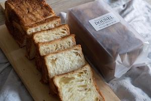 DOUNELデニッシュ食パン チーズ