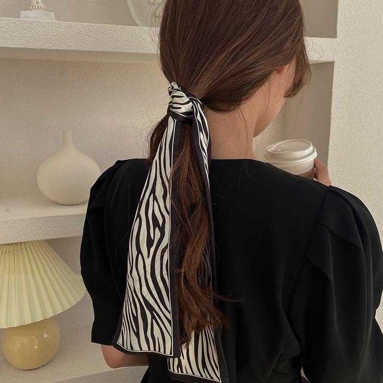 zebra ribbon scarf