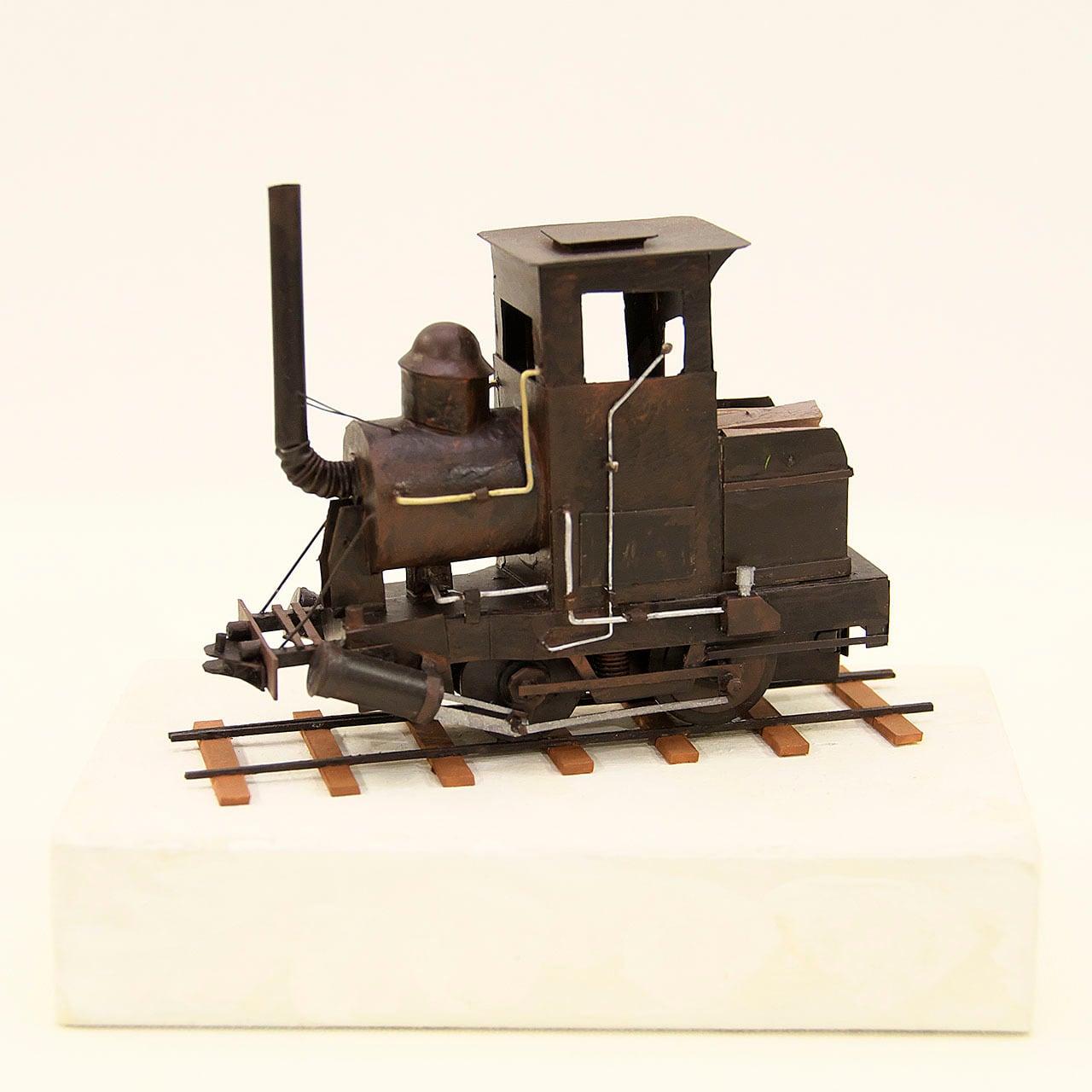 ペーパークラフト 機関車01
