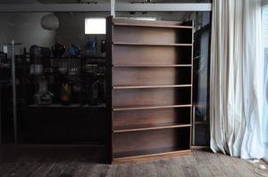 高さ175センチの本棚