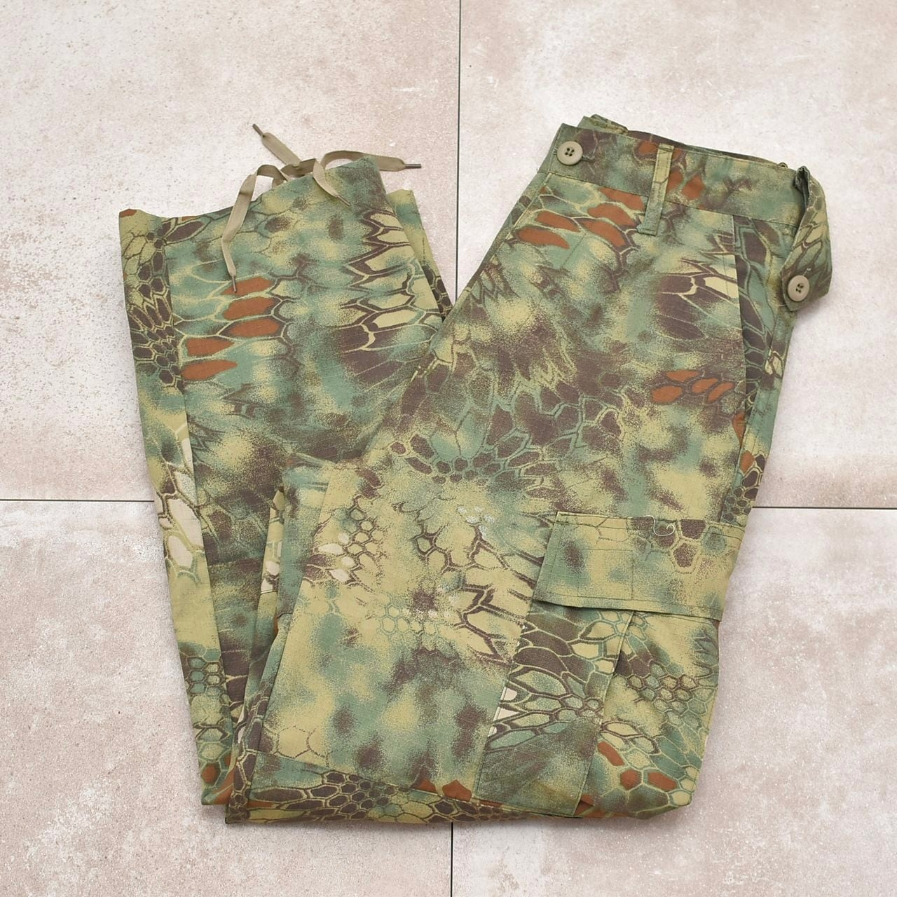 Geometric camouflage B.D.U. cargo pants