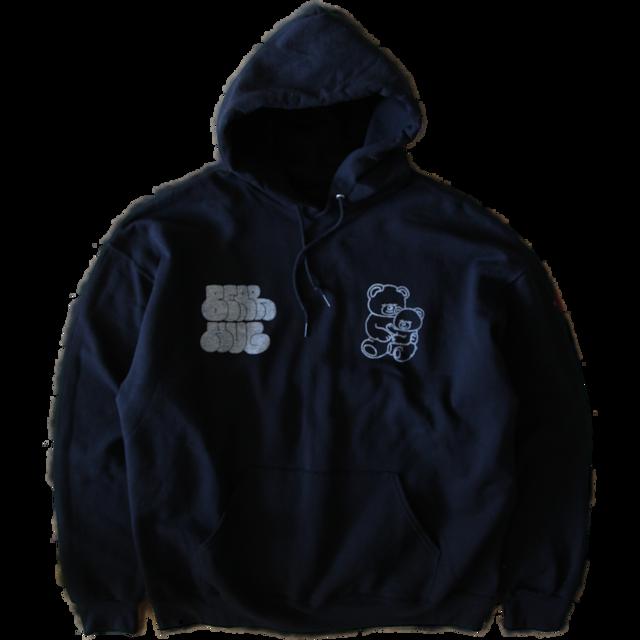 bear hug hoodie in black