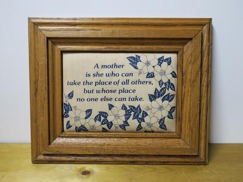 USA/木製ヴィンテージ・壁飾り・インテリア mother