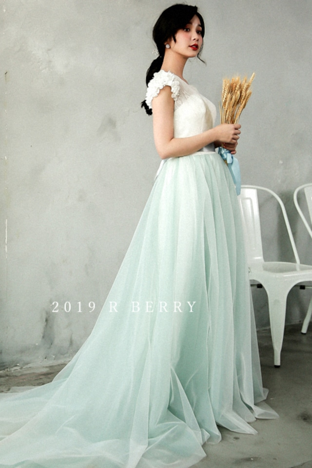 フリルショルダー  カラー エンパイアドレス ウェディングドレス ロングドレス 2次会 1.5次会 結婚式 披露宴 フォトウェディング z201809232