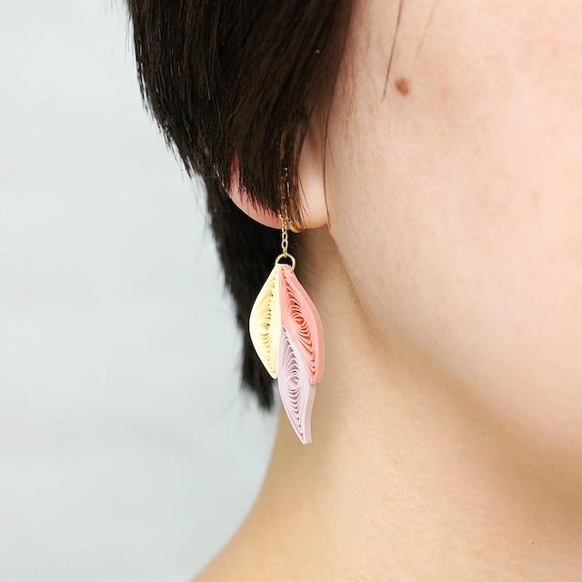 片耳0.4g♪フォックステイルイヤリング・ピアス[ロマンティックカラー] , ペーパークイリングの軽いイヤリング・軽いピアス