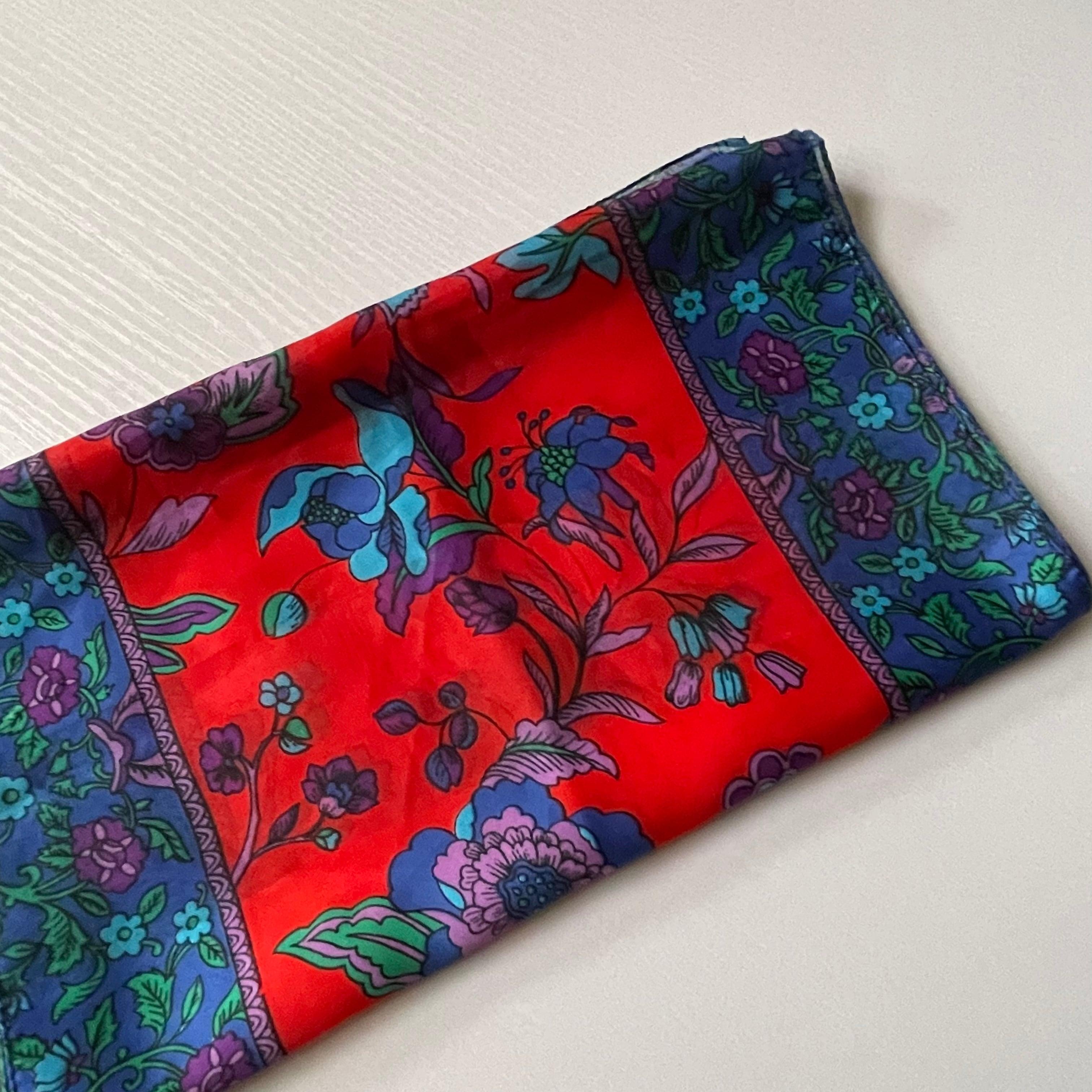レディース フラワープリント スカーフ ITALY製 ヨーロッパ古着