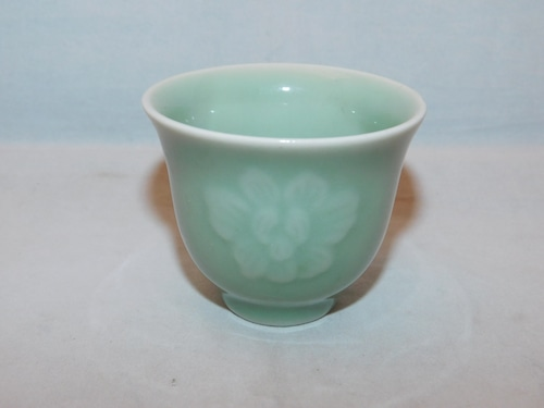 三田青磁盃 celadon porcelain sake cup  (No16)