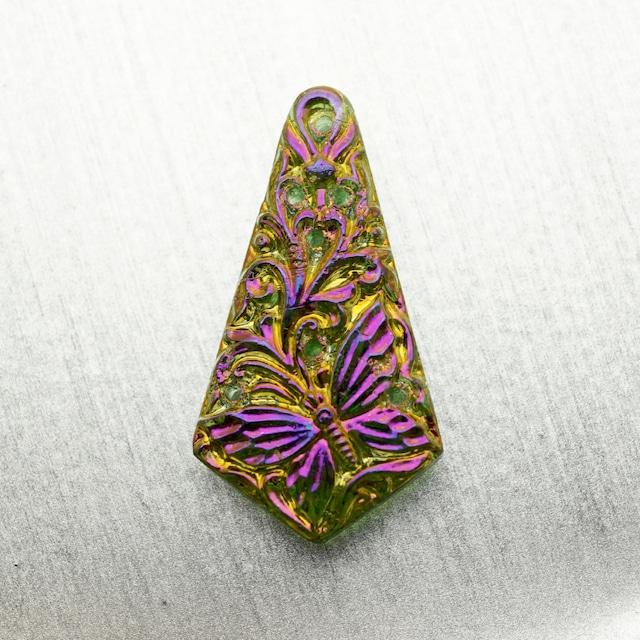 ハンドメイド ドイツガラス 蝶モチーフ ロングティアドロップ型ペンダント ドイツ製