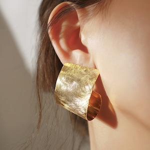 Curl big pieces(カールビッグピアス)a-252