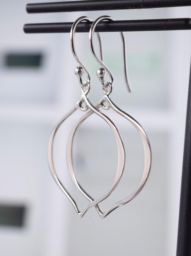 Arabesque Hook Earrings / Silver - 017