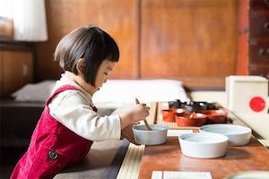 愛媛県から 砥部焼の こぼしにくい器/0歳からの伝統ブランドaeru