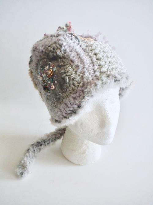 創作帽子 ビジューとフェルトのニット帽 <M56.5〜58cm>