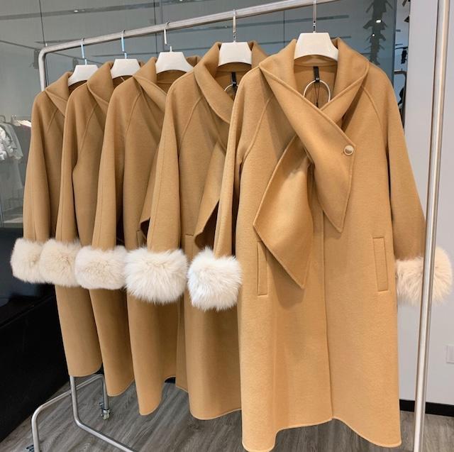 【高品質ウール100%&リアルフォックスファー】デザインクロスネック袖ファーコート 2色展開