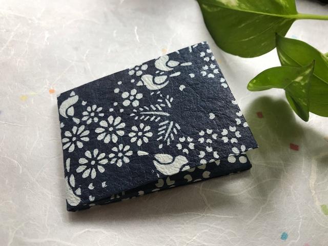 京都黒谷和紙 型染めミラー   (紺色)