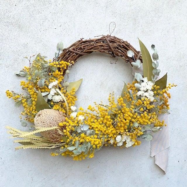 "hiba ""mimosa&banksia arranged wreath"""