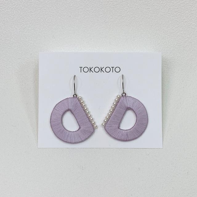 【TOKOKOTO】スイングピアス ハーフムーン