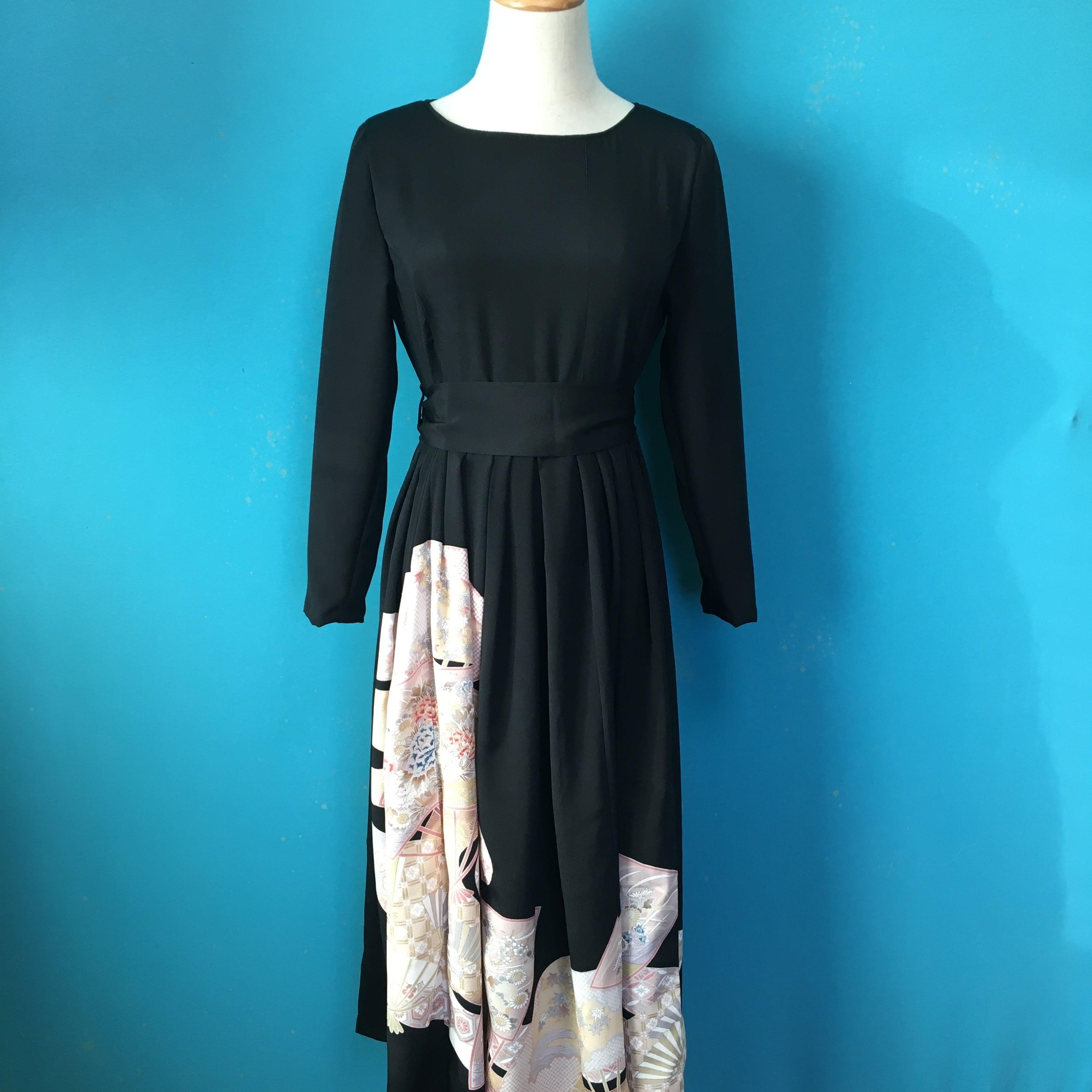 Vintage black kimono dress/ US 6
