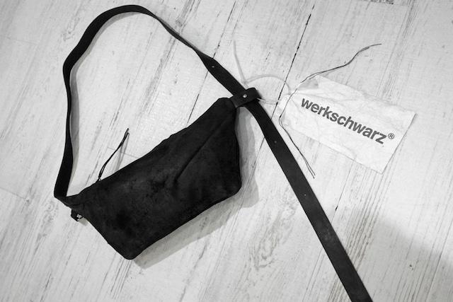werkschwarz / SHOULDER BAG / BLK