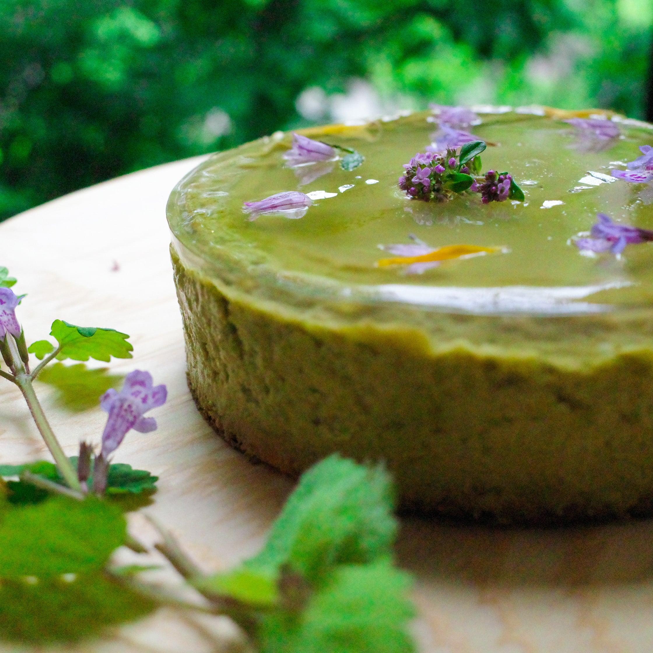 新緑のボタニカルチーズケーキ