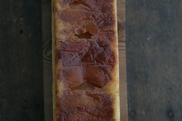 キャラメル林檎のバターケーキ