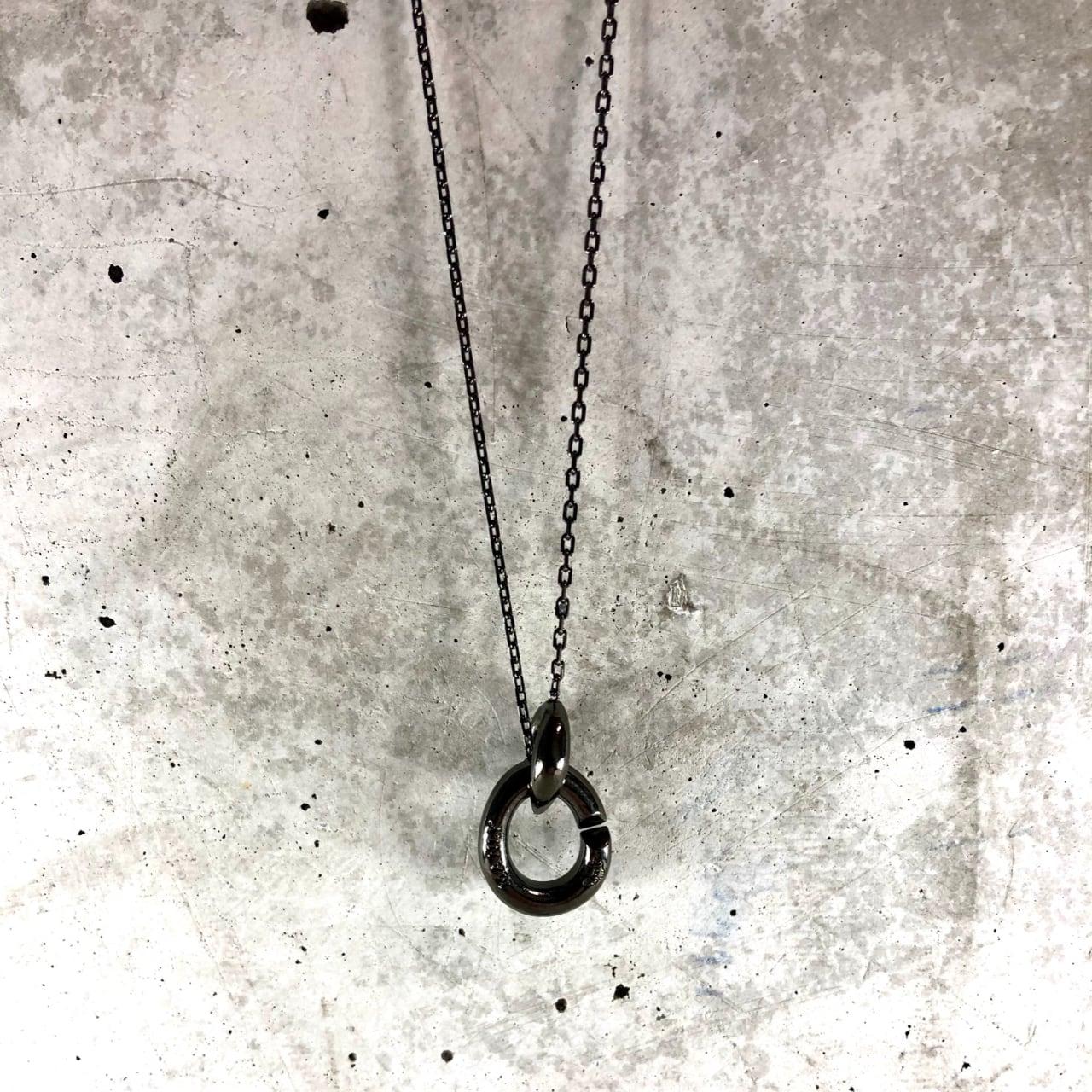 【MN-13BR】Oval black plating pendant