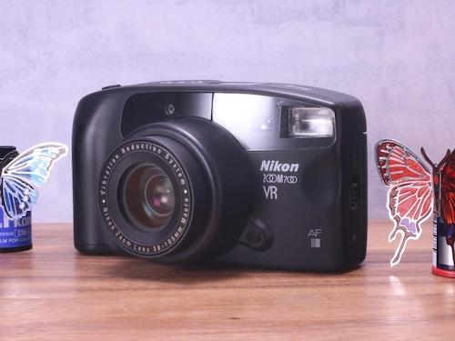 Nikon ZOOM 700 VR