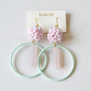 kincot サーカスピアス(ホワイト×パステルグリーン)