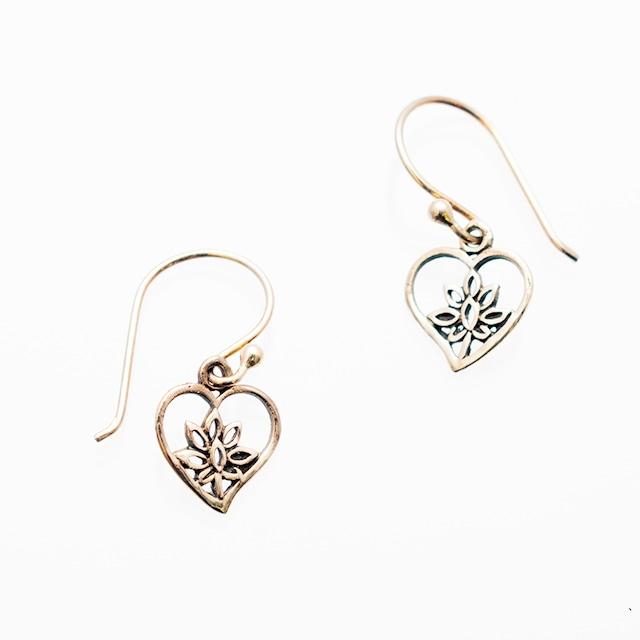 ピアス ロータス02 Pierced Earrings Lotus02