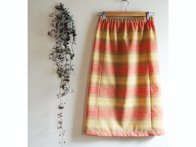 ミモザ色とパステルオレンジのスカート -- 未仕立てウール着物地から