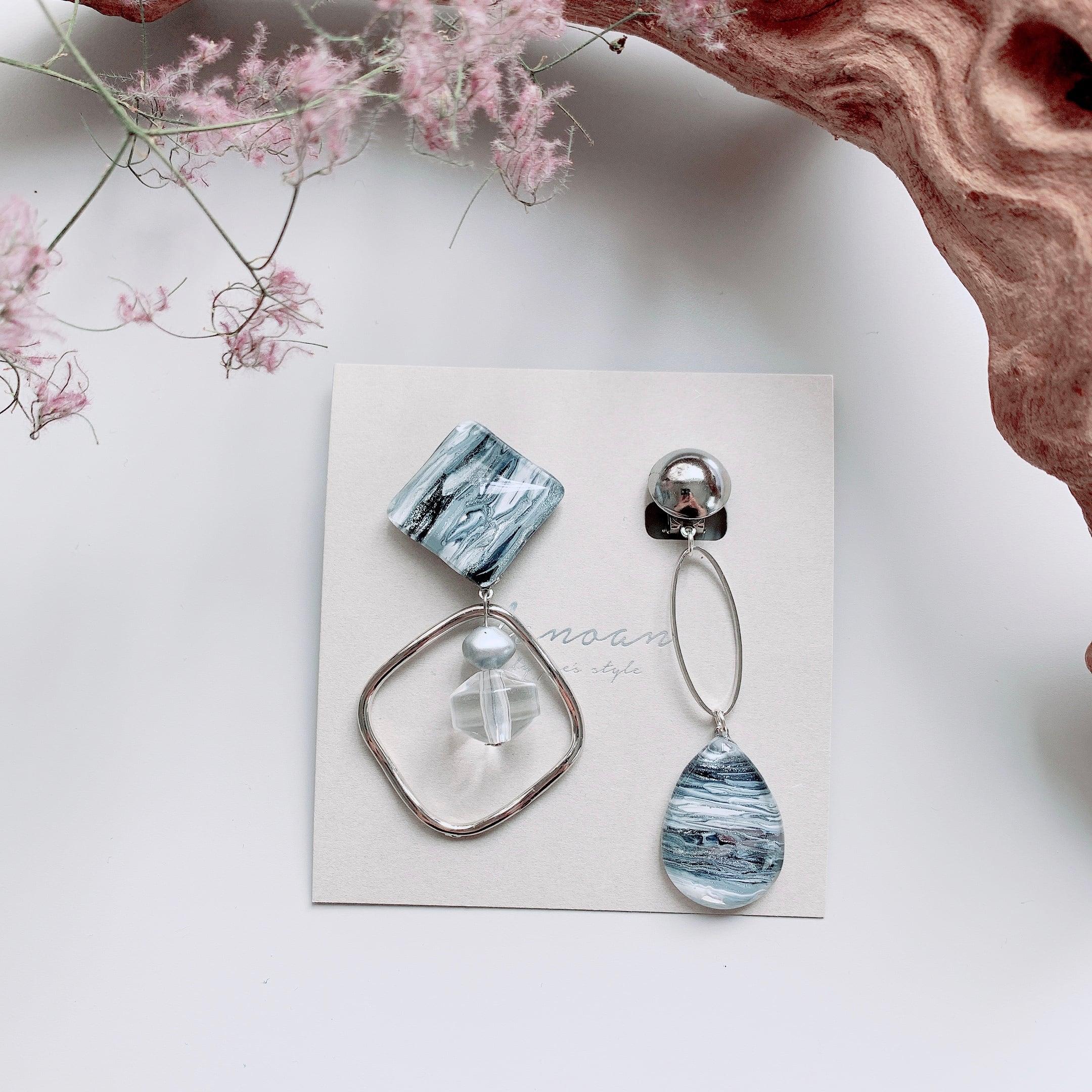 """ Earrings NO.danoan-36″ アシメマーブルペイント"