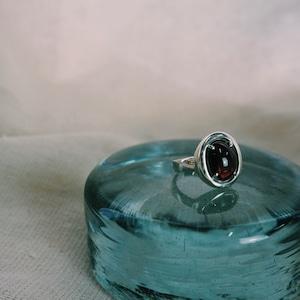 Healing stone ring (Garnet)