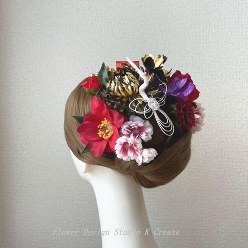 和装婚・成人式に♡ゴールドの菊と赤い椿のヘッドドレス 結婚式 成人式 着物髪飾り 和装ヘッドドレス 前撮り 赤 和装婚