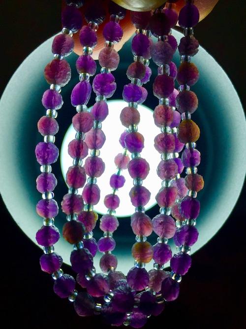 4) 紫ゴビアゲート「卑弥呼」ミニビーズ・ネックレス