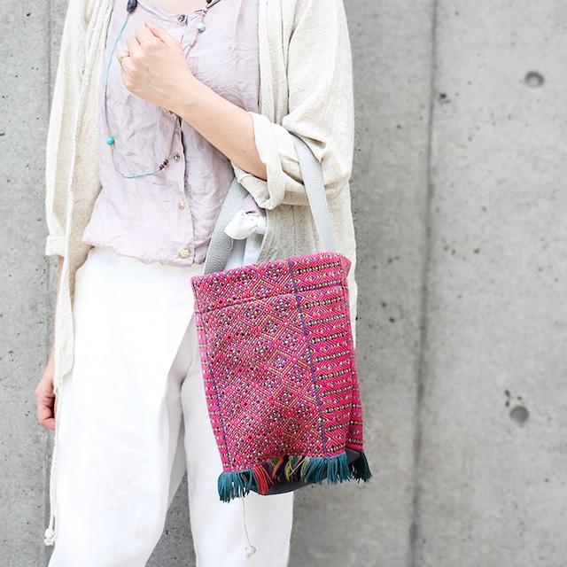 カレン族バケツ型ワンハンドルバッグ【ピンク】