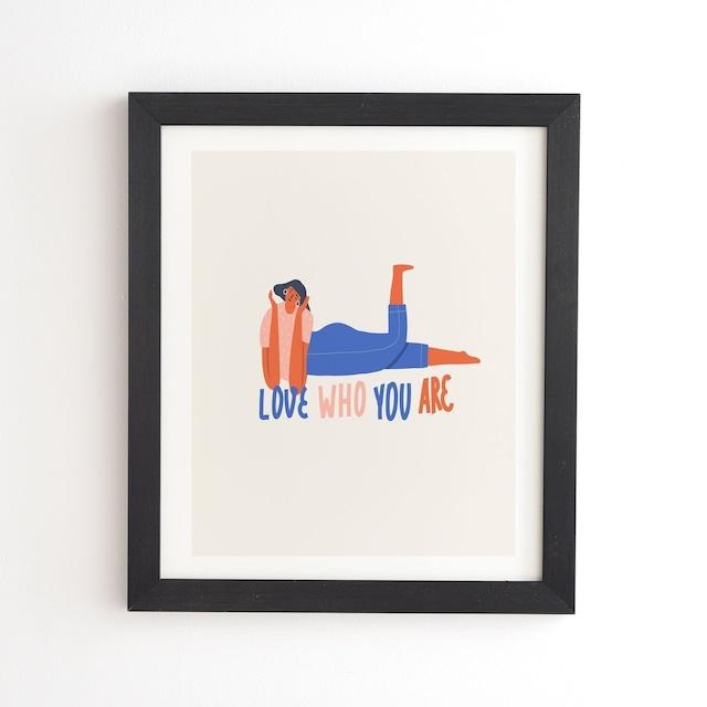 フレーム入りアートプリント LOVE WHO YOU ARE BY TASIANIA【受注生産品: 11月下旬頃入荷分 オーダー受付中】